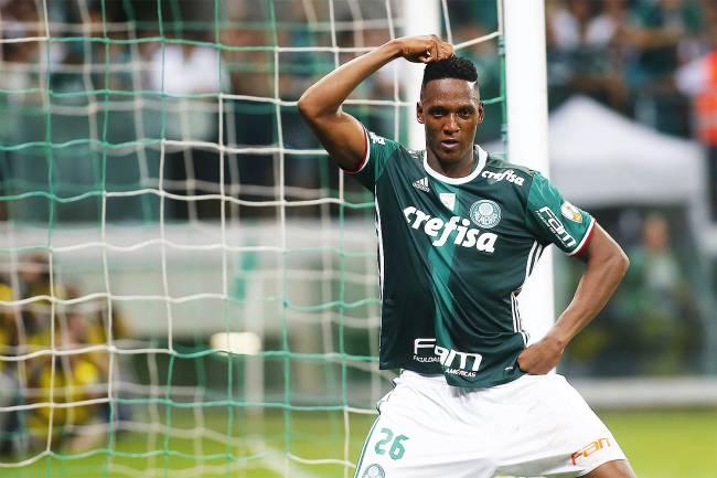 Palmeiras vence Peñarol em jogo que foi até aos 54 min e a internet não perdoa